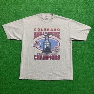 Vintage 2001 Colorado Avalanche NHL Stanley Cup